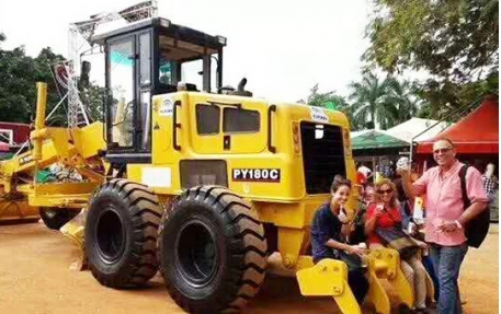 Lutong Motor Grader In Columbia